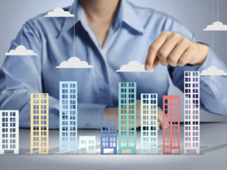 How to Become a Real Estate Advisor?