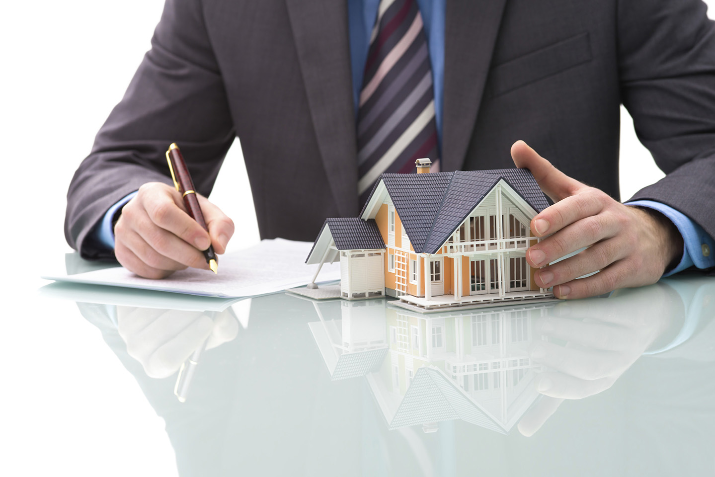 Taking Time to Get Your Pennsylvania Real Estate License Online